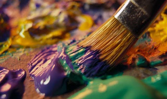 mixing-paints-paint-brush-close-up-photo-92746